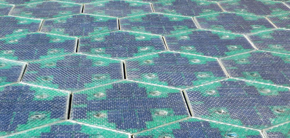 panneau solaire route